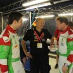 Teamchef Raimund Baumschlager (Mitte) im Gespräch mit Armin Kremer (re.) und Primin Winklhofer (li). Foto: P. Bohne