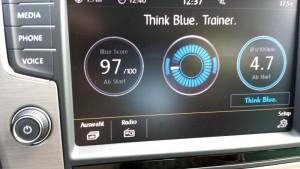 VW Golf TSI BlueMotion, Anzeige; Foto: P. Bohne