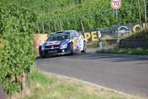 In den Mosel Weinbergen, Sebastien Ogier, VW Polo R WRC; Foto: P. Bohne