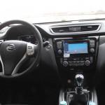Cockpit Nissan X-Trail; Foto: P. Bohne