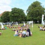 Picknick auf der Wiese; Foto: P. Bohne