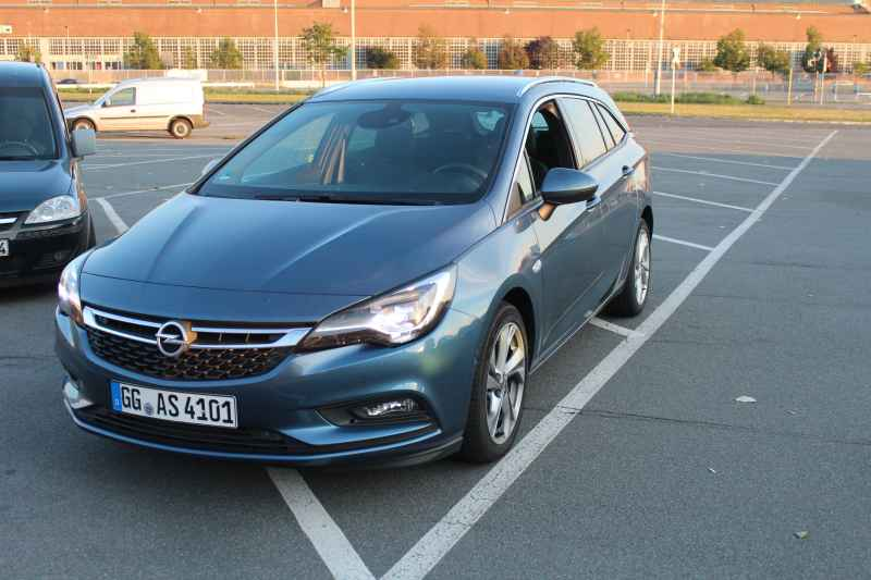 """Car of the Year 2016 – Teil 2: """"Opel Sports Tourer"""""""