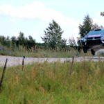 WM-Lauf Polen, Sprung WM-Lauf Polen, Sprung Sebastian Ogier, VW Polo R WRC; Foto: Peter Bohne